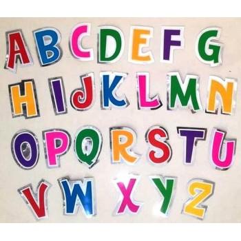 Lettere adesive per palloncini, h 5,5 cm. 48 Etichette, 6 colori x 8cu. per ogni confezione di lettera